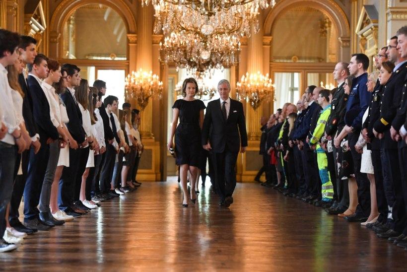 FOTOD   Belgia mälestab Brüsseli terrorirünnakus hukkunuid