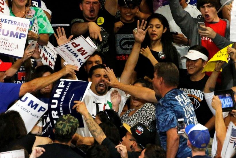 VÄGIVALD NEW MEXICOS: Trumpi vastu protestijad lasid kivid ja pudelid käiku