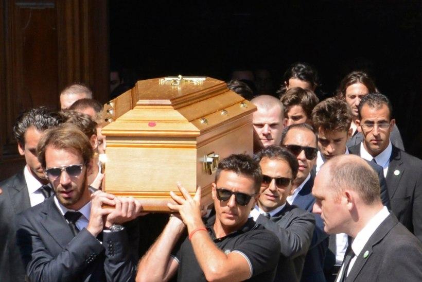 Õnnetult hukkunud vormeliässa vanemad kaebavad FIA ja Marussia kohtusse