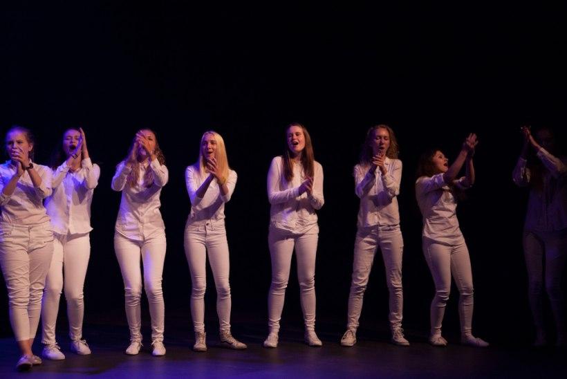 FOTOD | WAF laulukool lõpetas hooaja kontserdiga