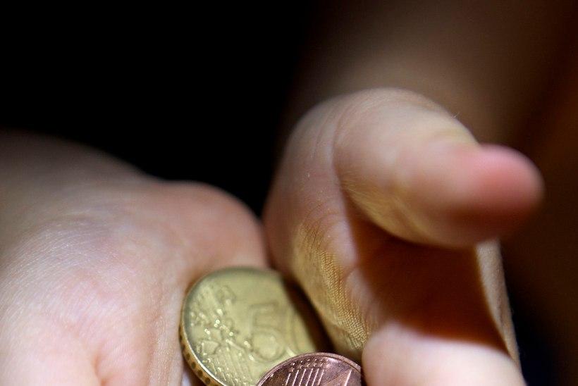 Heljo Pikhof   Riik on parem võlgade sissenõudja kui üksikvanem