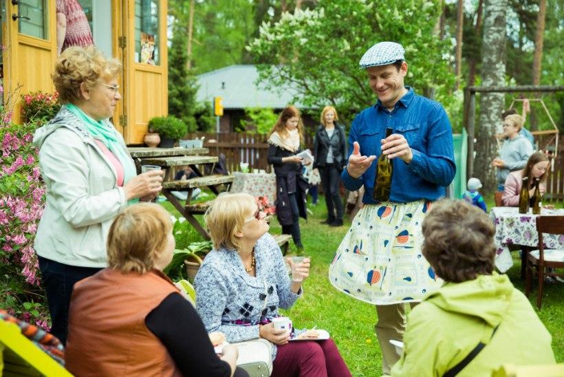"""Jan Uuspõld võõrustas koduaias nõmmekaid: """"Meil polegi korraga nii palju külalisi olnud!"""""""