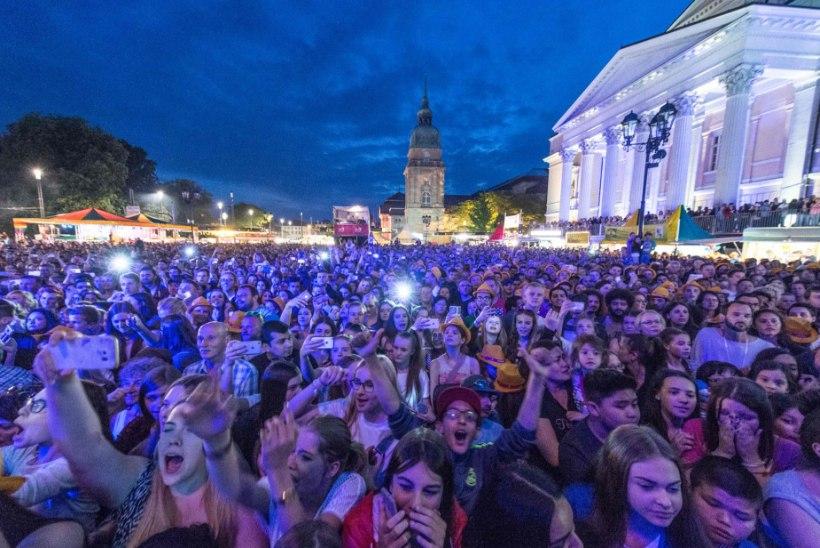 JÄLLE: varjupaigataotlejad ahistasid muusikafestivalil naisi
