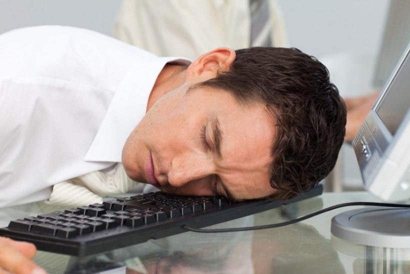 Tunned end pärast söömist uniselt? Loe, mis on selle põhjus