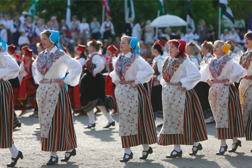 TEADLANE AITAB | Kui kaua peaks naised tantsima, et Tallinn saaks ööpäevaks piisavalt elektrit?