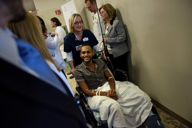 Orlando veresaunas ellujäänu: ta tulistas mind kolm korda ja ma teesklesin surnut