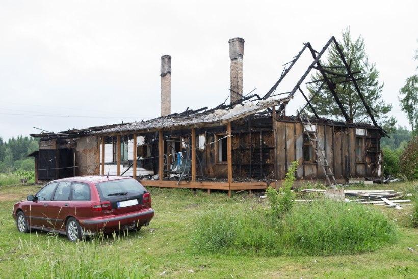 Välgulöök hävitas maapere kodu