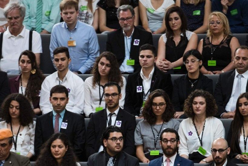Saksa parlament kuulutas armeenlaste massimõrva genotsiidiks, Türgi kutsus saadiku Berliinist tagasi