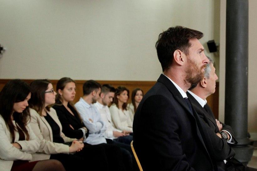 GALERII | Maksupettuses süüdistatav Lionel Messi käis kohtus taas tunnistusi andmas: ma ei teadnud mitte midagi. Ausalt!