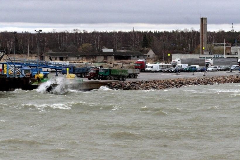 Saaremaale saab täna harvem: parvlaev Ionas on rikkis