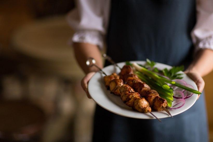 Peakokk soovitab: lihtsad ja toimivad grillinipid jaanipäevaks