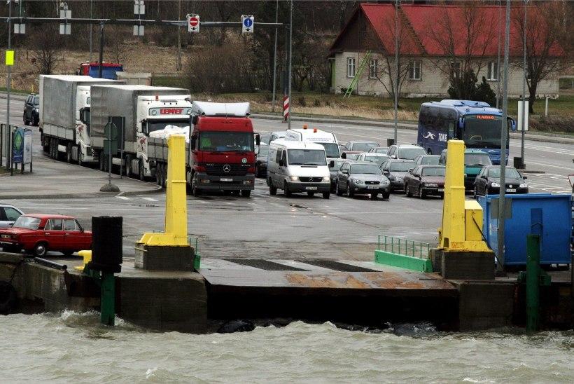 Parvlaev Ionas alustas jälle Virtsu-Kuivastu liinil liiklemist