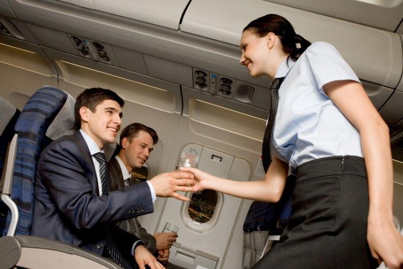 OSKA KÜSIDA: 10 asja, mida võid lennukis tasuta saada