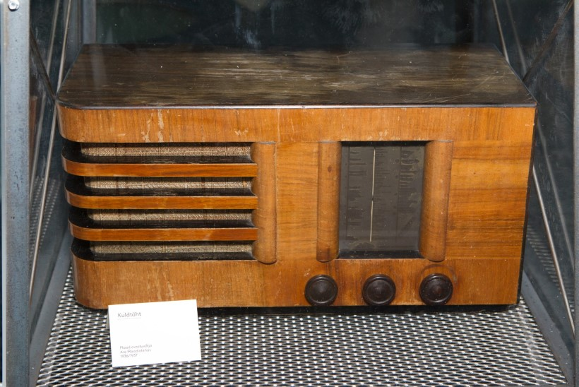 Sõda algas raadioaparaatide ärakorjamisega