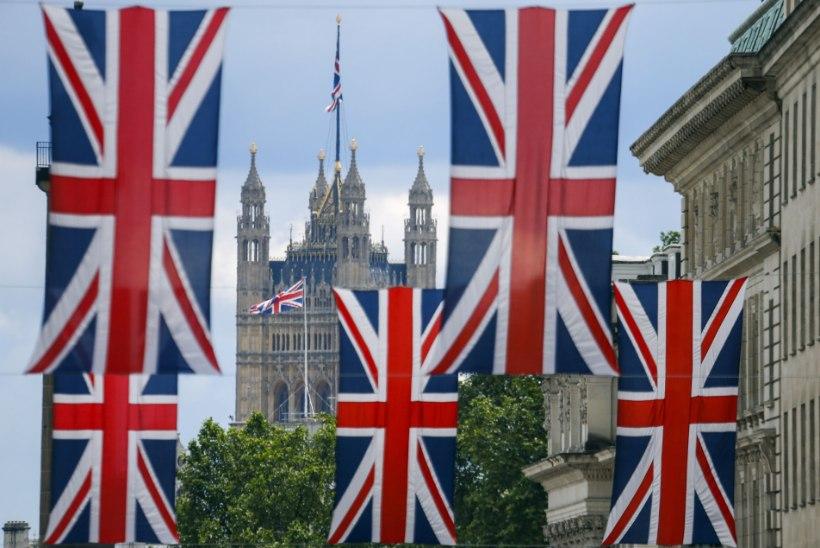 Rohkem kui kolm miljonit britti on allkirjastanud petitsiooni uueks referendumiks