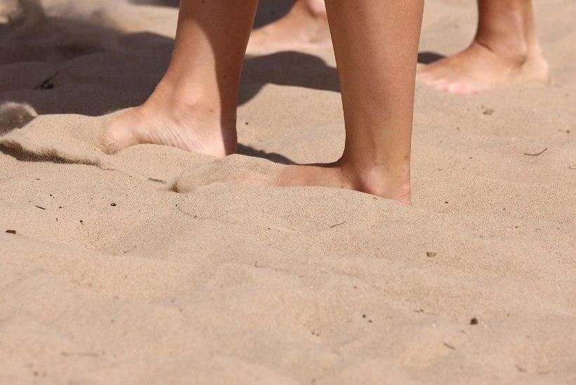 Rauno Märksi tütar astus rannas klaasikillu otsa ja vajas arstiabi