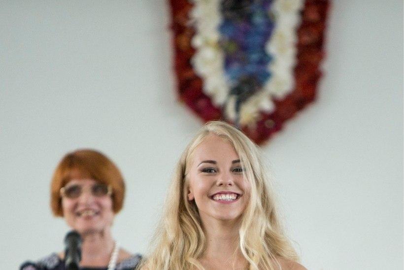 Jana Liisa Johannson lõpetas gümnaasiumi