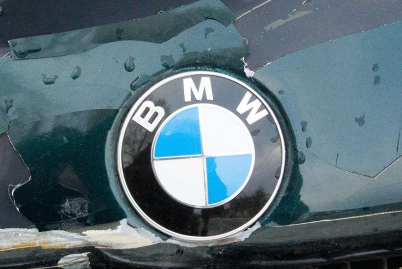 Viljandis rööviti mehelt BMW, politsei otsib röövijaid ja nende SAABi
