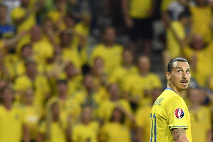 SÜDANTLÕHESTAV VIDEO   Zlatan Ibrahimovic riputas koondisesärgi kodumaal varna