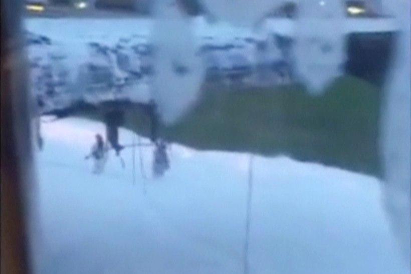 Singapuri lennuk süttis hädamaandumisel põlema