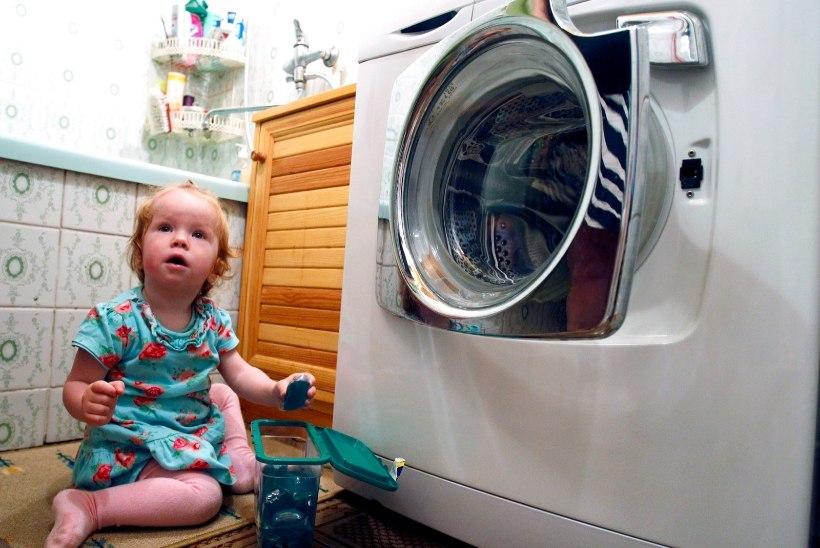 PUHKUSEAEG ON KÄES: Millised mürgid varitsevad kodudes lapsi?