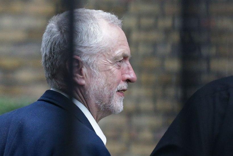 BREXITI JÄREL: Corbyn kaotas usaldushääletuse, kuid tagasi ei astu