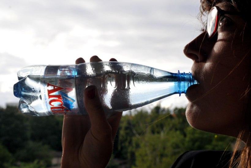 Kümme põhjust, miks oma tervisele mõeldes rohkem vett juua