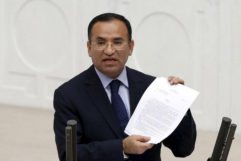 Türgi minister meenutas juutide ahjus põletamist