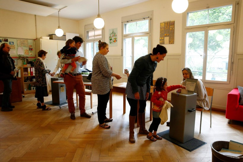 Šveitsis hääletati kodanikupalk maha: kas see on marksistlik utoopia?