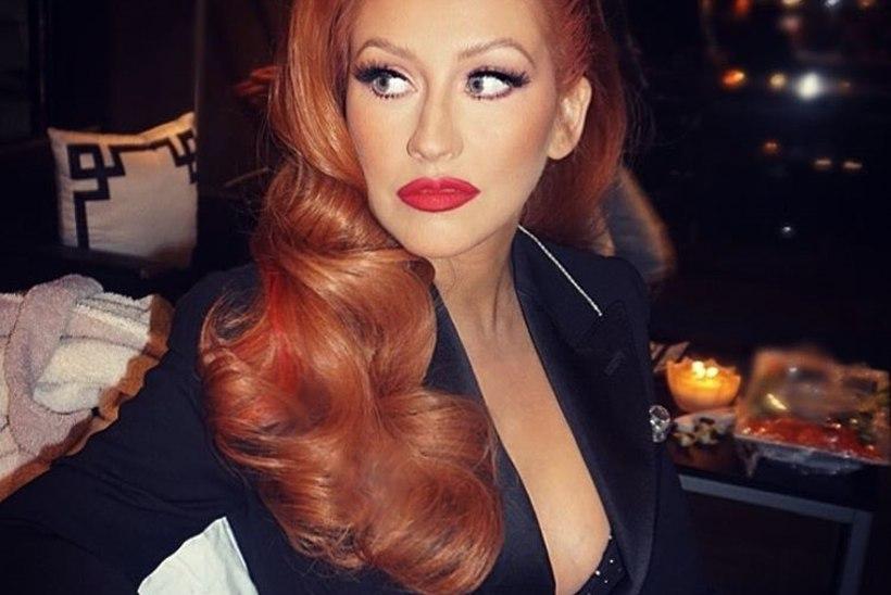 PILTUUDIS | KUIDAS MEELDIB? Christina Aquliera värvis juuksed leekivpunaseks