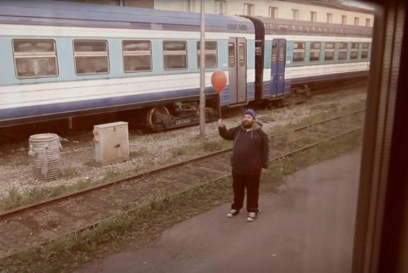VAATA   Go Away Birdil ilmus uus video, milles lööb kaasa ka Jaan Pehk