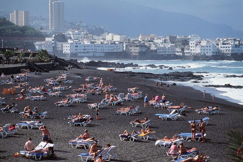 Tenerifel tappis teismeline oma isa, tükeldas ja uputas kohvriga merre