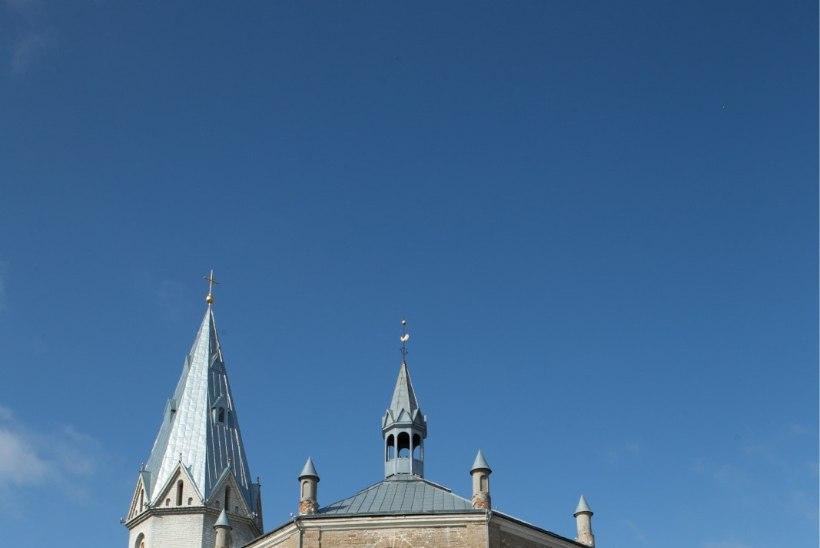 Narva Aleksandri kiriku ostab riik koos Eesti Evangeelse Luterliku Kirikuga