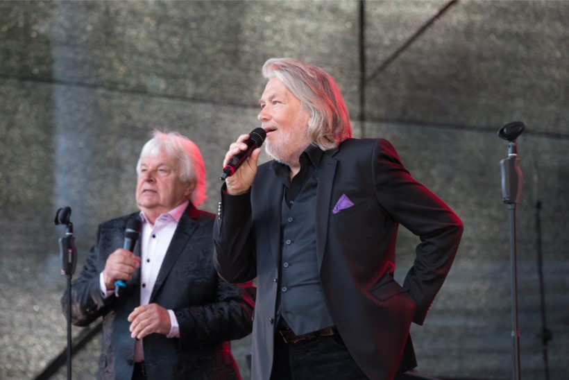 GALERII | Tartus kohtusid lavalaudadel üle 20 aasta kaks legendi - Tõnis Mägi ja Ivo Linna!