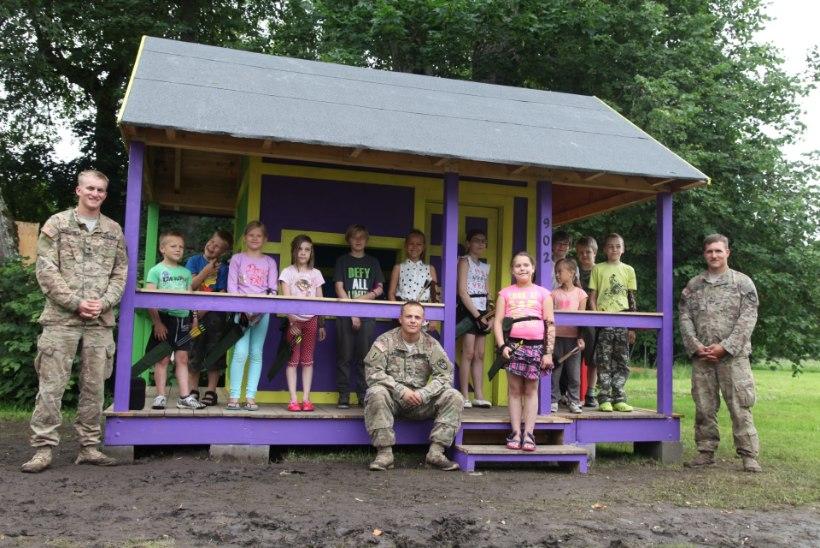 USA sõjaväelased tegid Vohnja laste elu põnevamaks