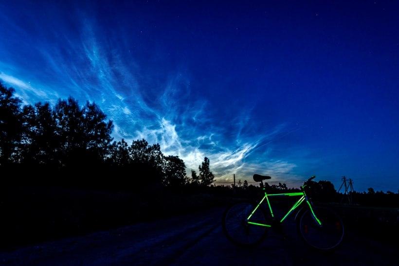 FOTOD | Ööl vastu tänast võis näha helkivaid ööpilvi