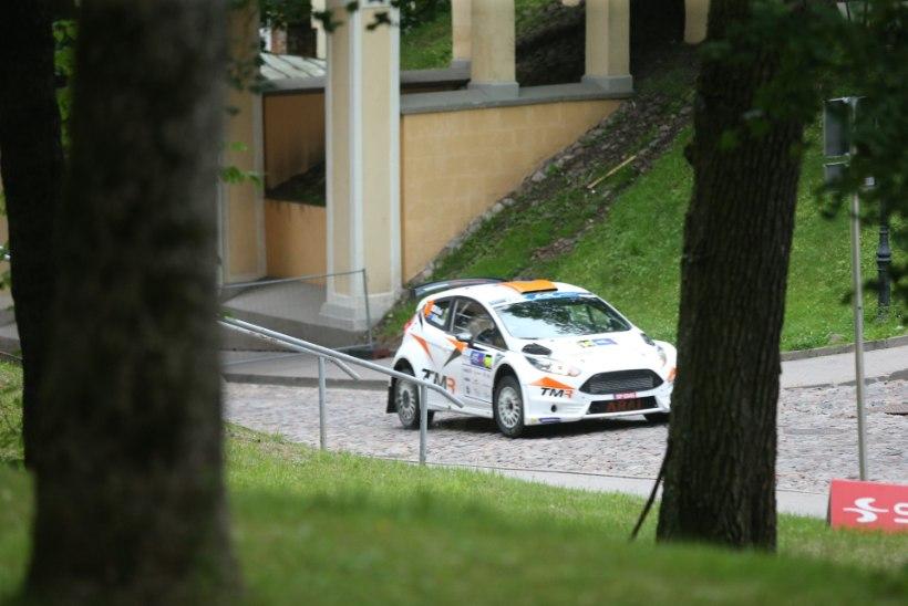 GALERII | Neli kiireimat eestlast mahtusid Rally Estonia Tartu linnakatsel 0,7 sekundi sisse