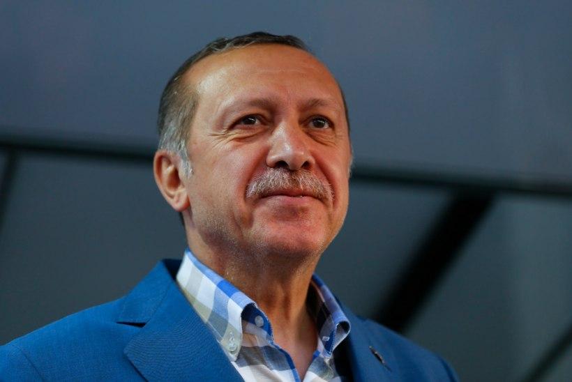 Kättemaksuhimuline president Erdogan pooks riigipöörajad üles
