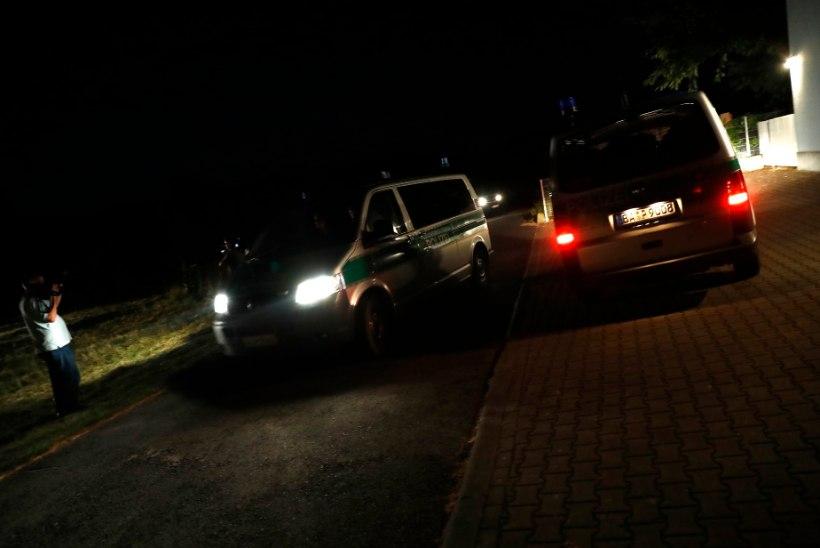 Saksamaal ründas afgaani teismeline kirvega rongireisijaid