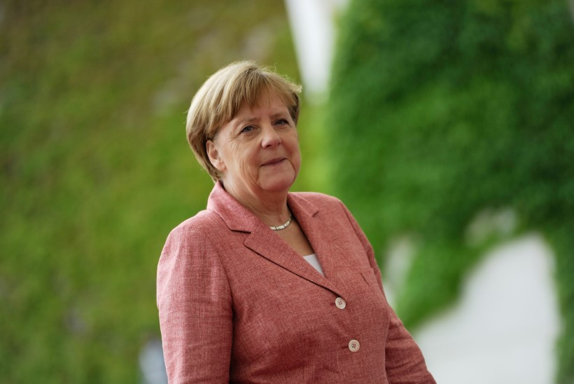 Soros: Merkel tekitas Euroopas kaose