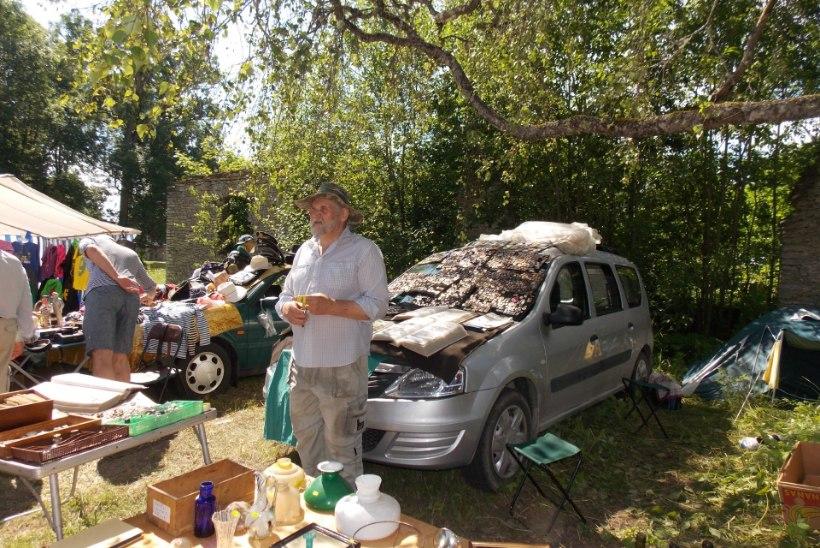 GALERII | Kila Kola laat Seidlas: osta endale villakraas või vedruvanker!