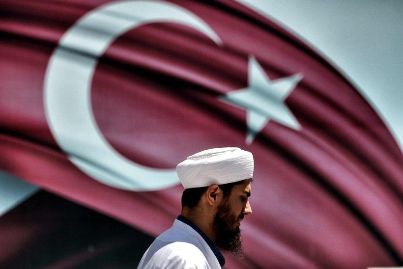 Türgi keelas ajutiselt teadlastel riigist lahkuda
