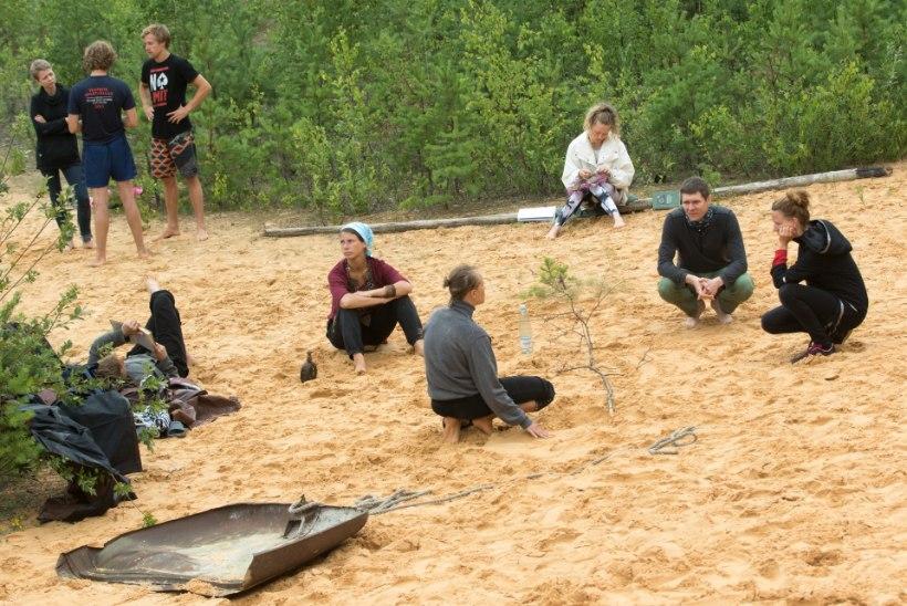 """""""Pärast proovi läheme kõik kui üks mees Obinitsa järve, et suurem liiv välja saada."""""""