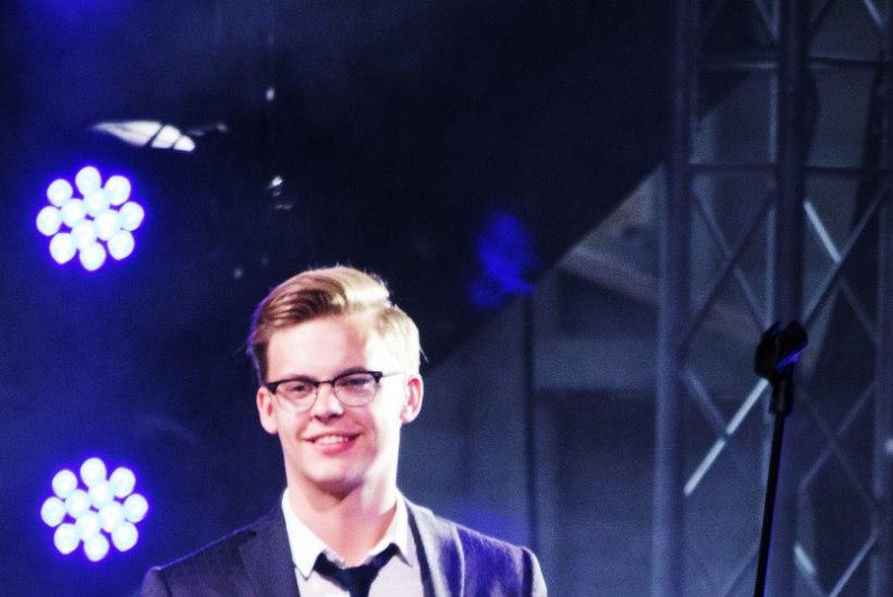 Liigmadalad pilved jätsid tuhandepealise publiku Jüri Pootsmanni kontserdita?