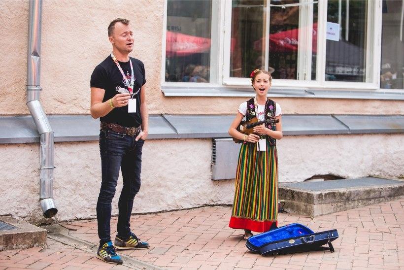 Смотри, кто пришел на фестиваль фольк-музыки в Вильянди
