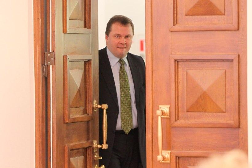 Kalev Kangur nõuab kohtus ministeeriumilt hüvitist
