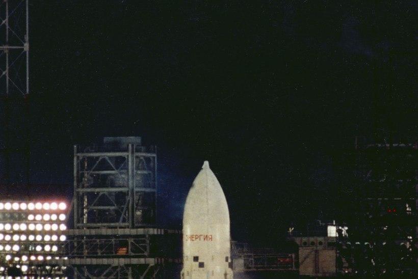 Venelaste kosmosesüstiku hiilgus ja häving