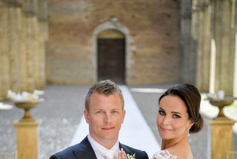 Vaata Kimi Räikköneni abikaasa vapustavalt ilusat pulmakleiti!