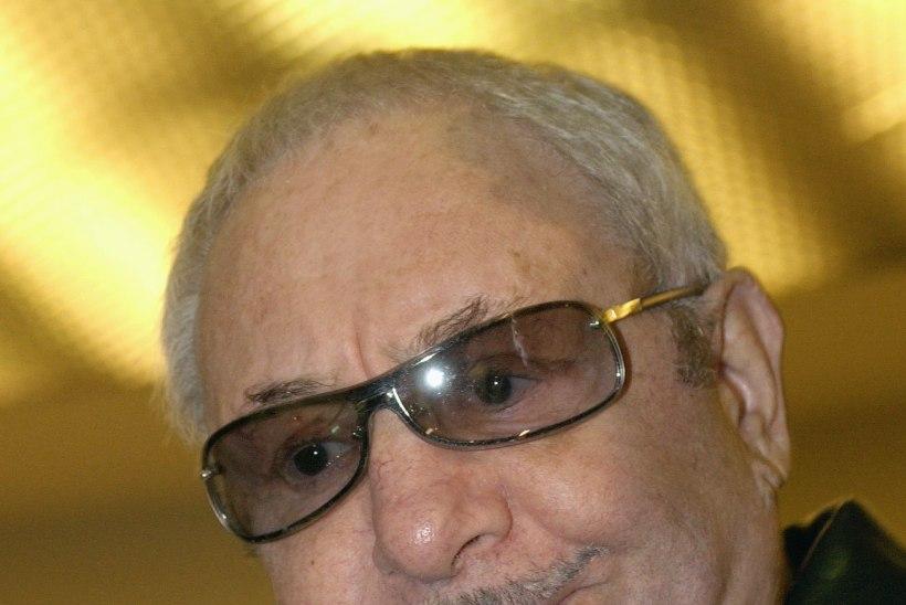 New Yorgis suri Hruštšovi hauakivi autor Ernst Neizvestnõi