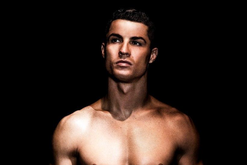 NAISED, SULAGE! Ronaldo näitas uusimat meeste pesumoodi